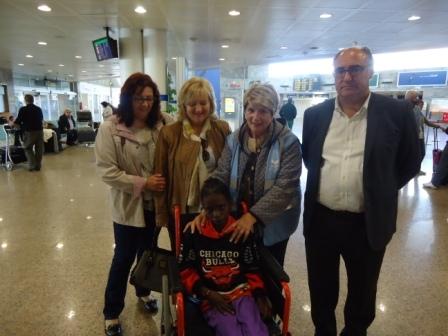 Kardiata Mamadou, una niña de 12 años de Mauritania, ha llegado a La Coruña para ser operada del corazón