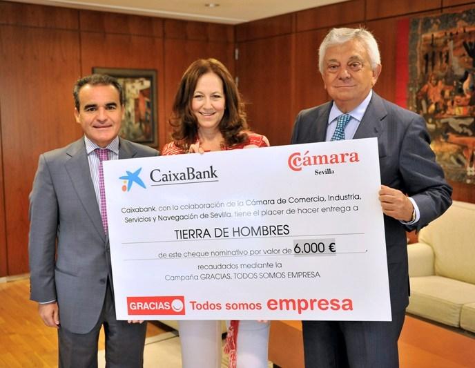Tierra de hombres recibe 6000 euros de La Caixa y de La Cámara de Comercio de Sevilla
