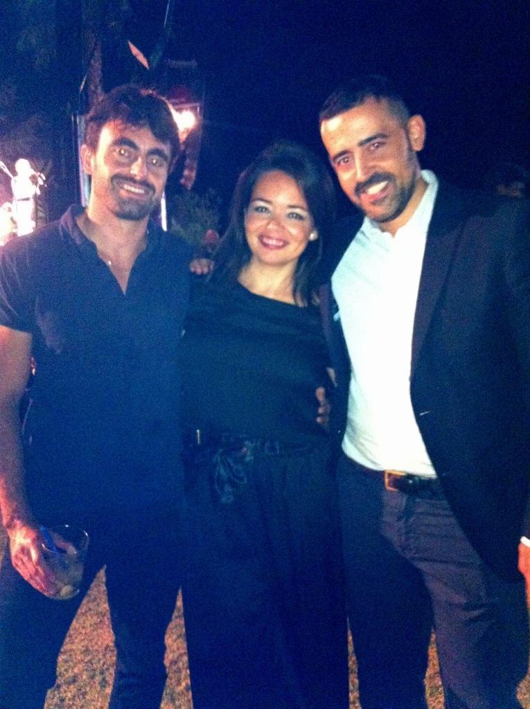 FOTO 19 Alfonso Llamas y Francisco Jimnez propietarios de MOSS con Pilar Guijarro