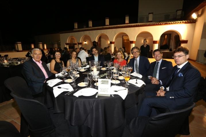 Mesa de Juan Romero Mrquez y amigos Romero