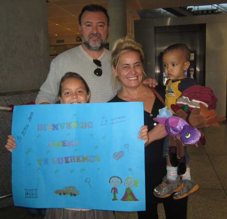 Un niño de Mauritania llega a Málaga para ser intervenido gracias a «Viaje hacia la vida»