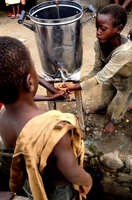 burundi_exploit_francois-struzik_2009_Original_97514