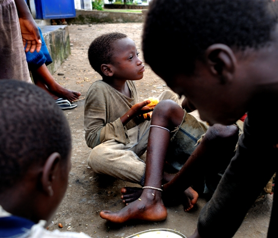 burundi_exploit_francois-struzik_2009_Original_97516