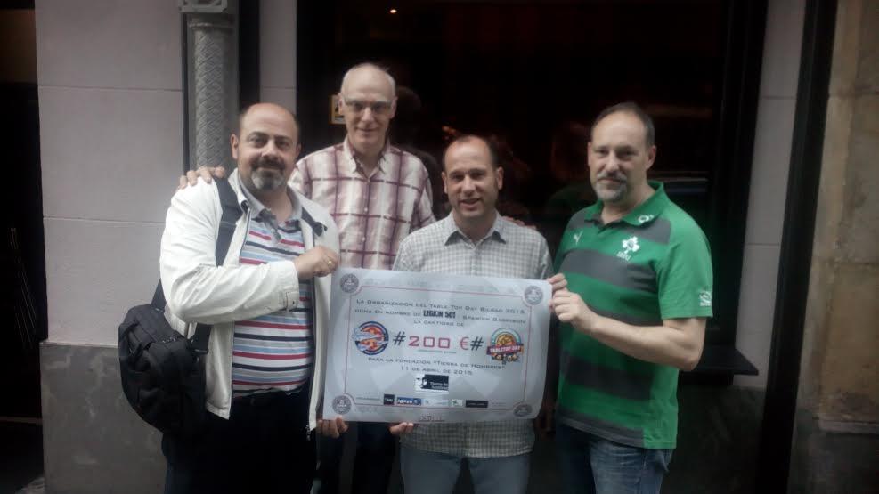 La  asociación Legión 501 dona lo recaudado, en la rifa benéfica del International Tabletop Day,  a Tierra de hombres