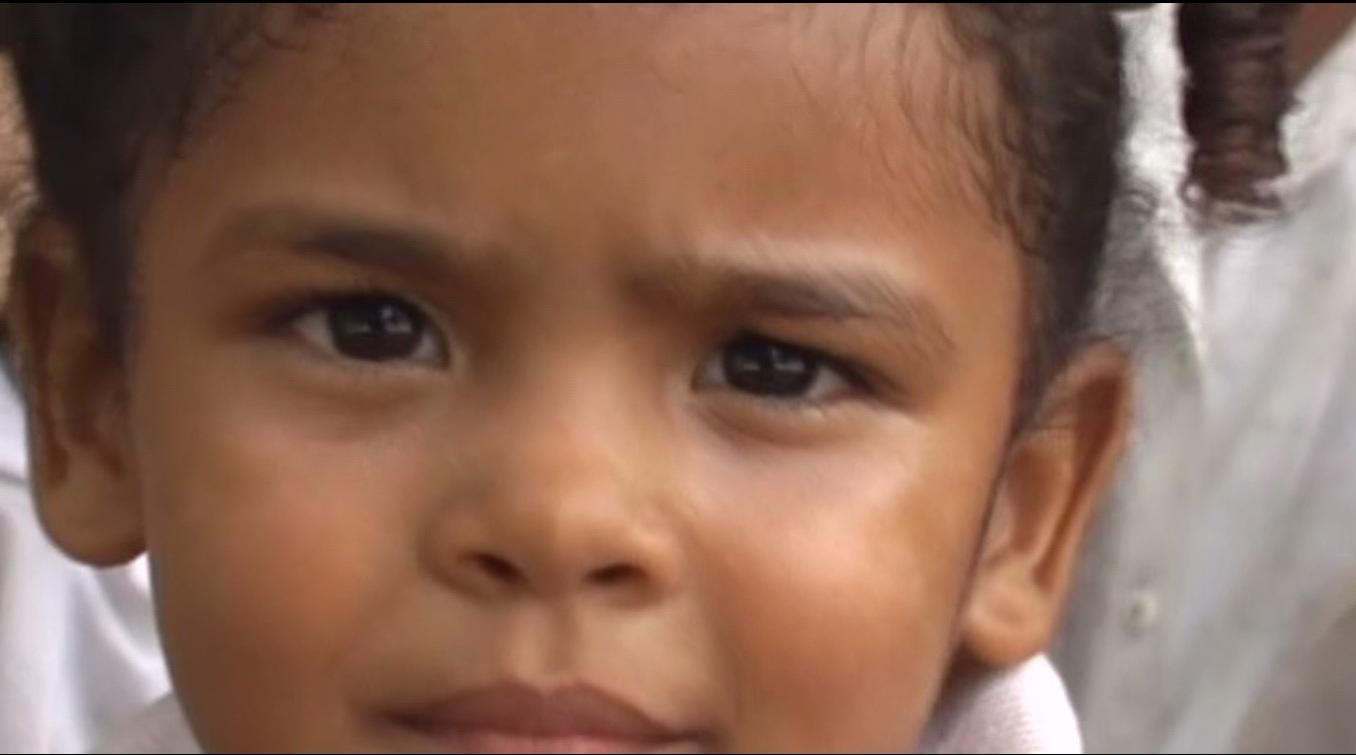 Nuestro trabajo de ayuda a la infancia en un nuevo video