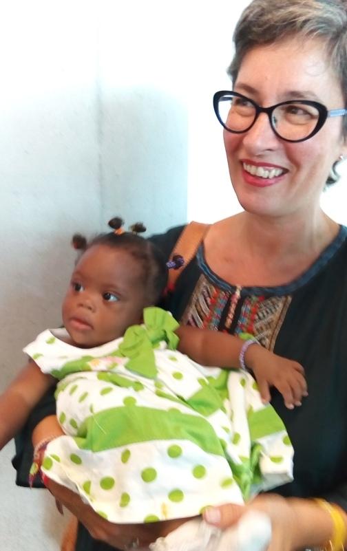 Esperanza y alegría en las llegadas y despedidas de «Viaje hacia la Vida»