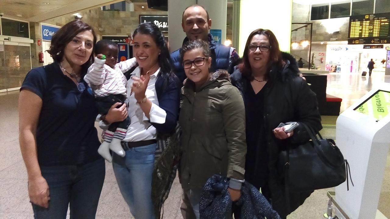 Deborah llega a A Coruña para ser tratada de su cardiopatía