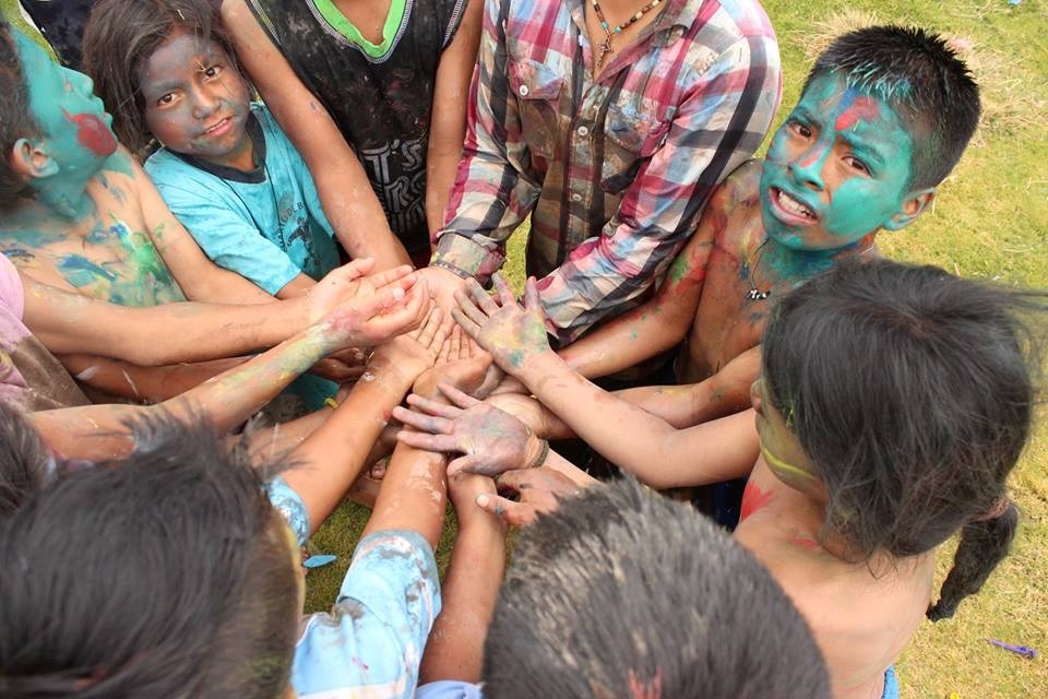 fotnot ecuador camino seguro campamento ayuda infancia