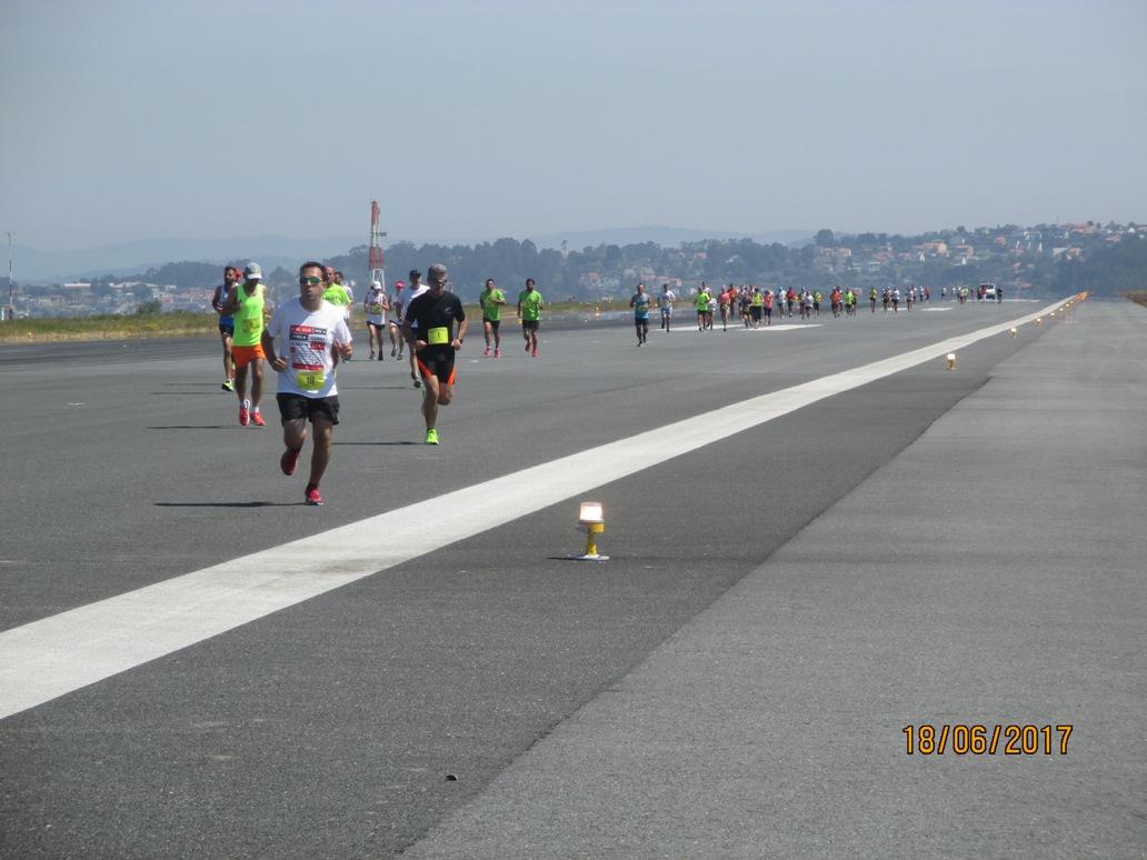 fotnot_Corriendo_por_el_aeropuerto_ayuda_infancia