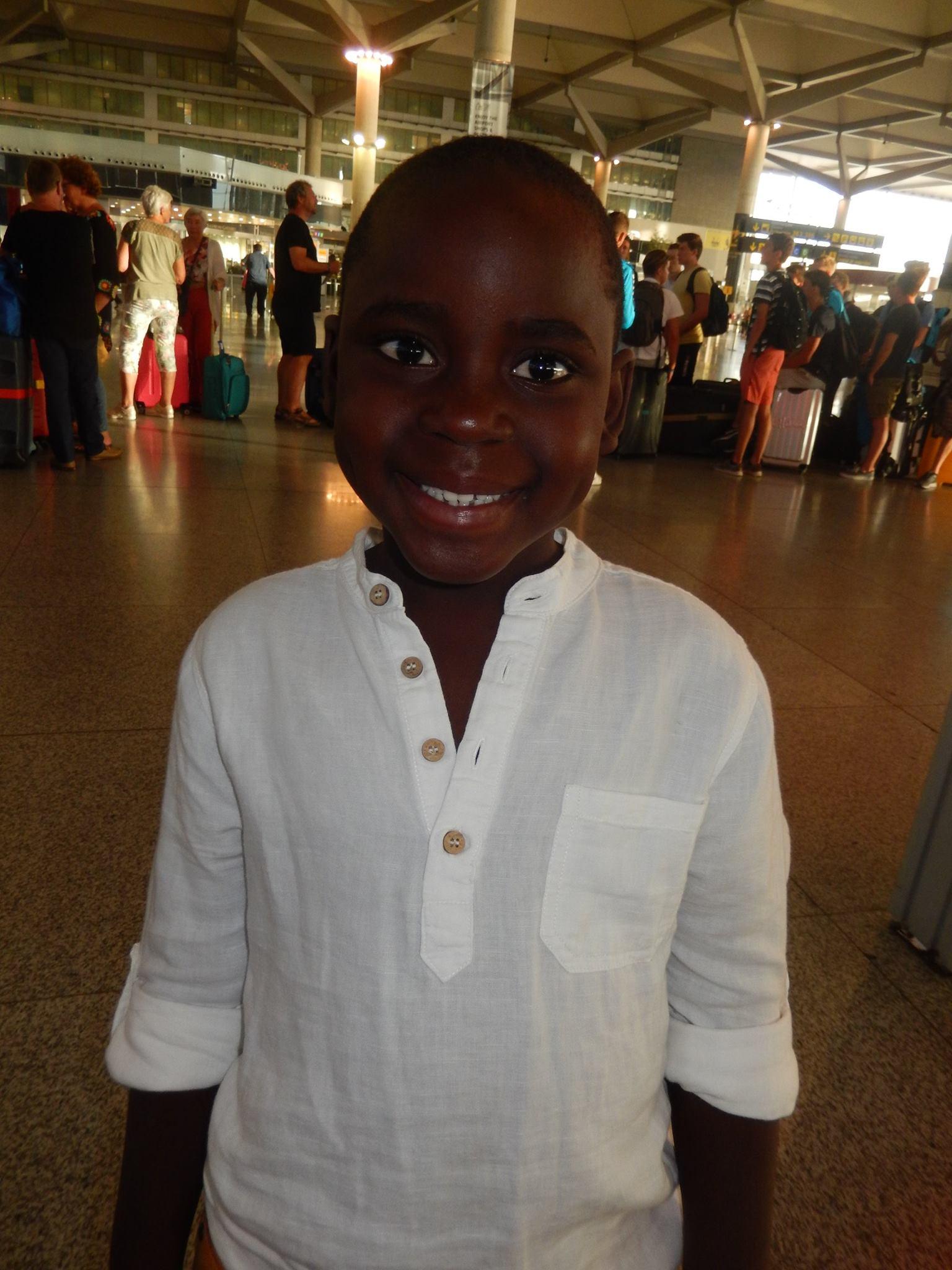 fotnot VHV Dieudonne Malaga4 ayuda infancia