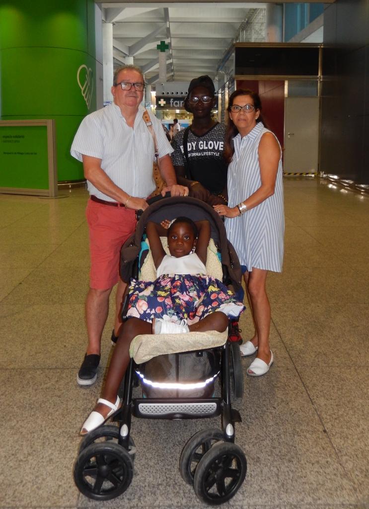 fotnot_vhv_malaga_barry y georgett_ayuda_infancia