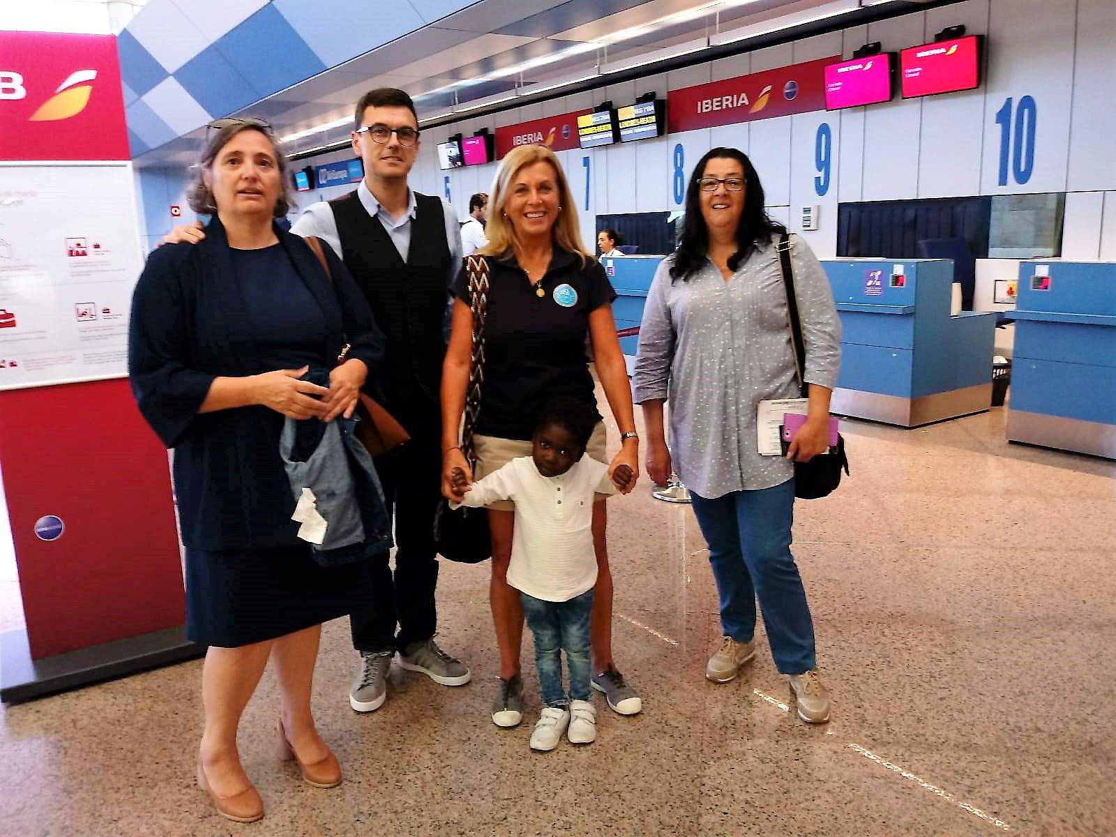 fotnot vhv galicia jeanpierre aeropuerto ayuda infancia