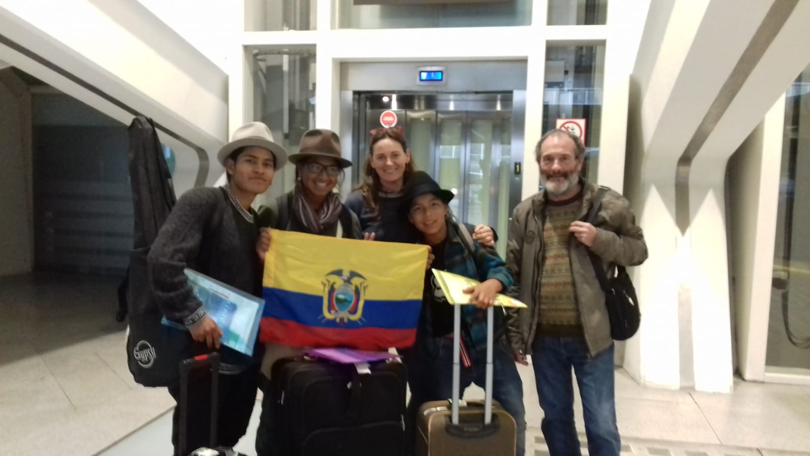 Jóvenes ecuatorianos del proyecto «Camino Seguro» visitan Euskadi