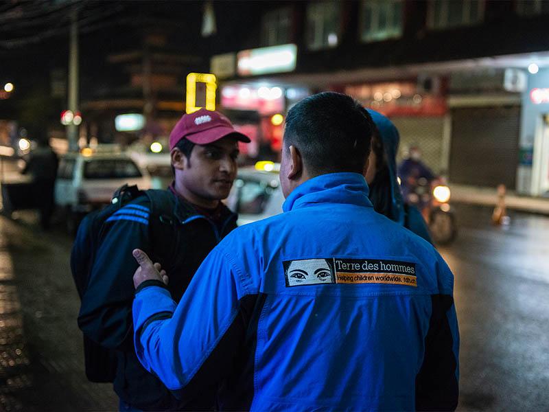 Nepal: sacar a los niños y niñas del callejón sin salida