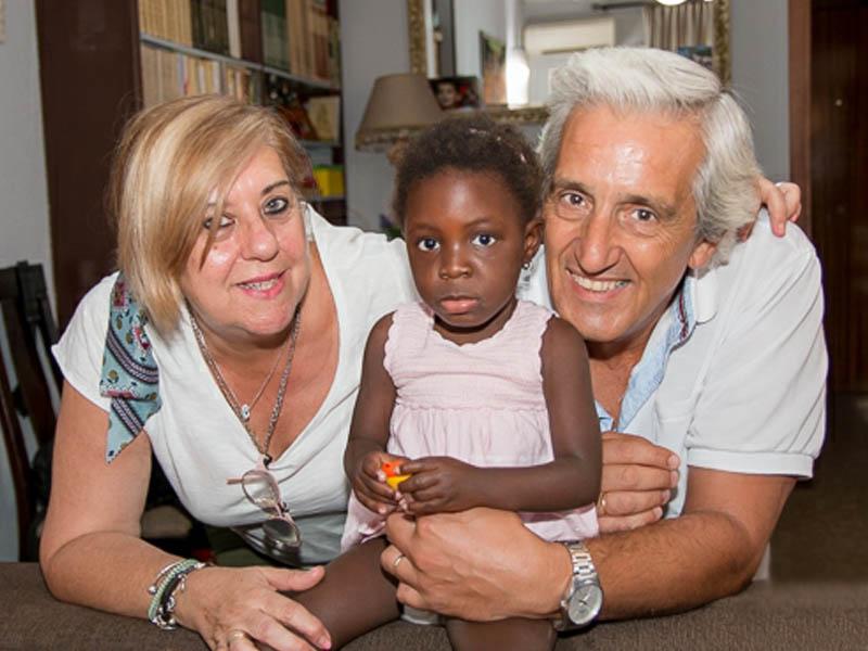 """Faith regresa a casa tras ser intervenida en córdoba gracias al programa """"viaje hacia la vida"""" desarrollado por Fundación Tierra de hombres"""
