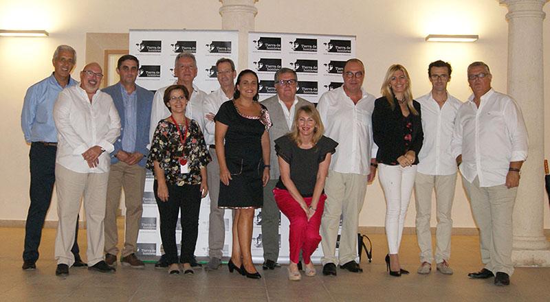 """Fundación Tierra de Hombres celebra con éxito su Concierto Solidario """"Algo más que boleros"""""""