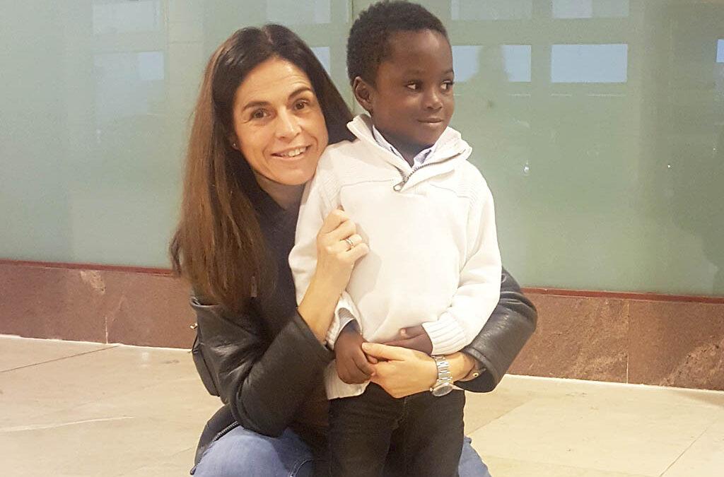 Estela Quijada: «hacer voluntariado me ha servido para transmitir a mis hijos que valoren todo lo que tienen y la importancia de compartir con los demás»